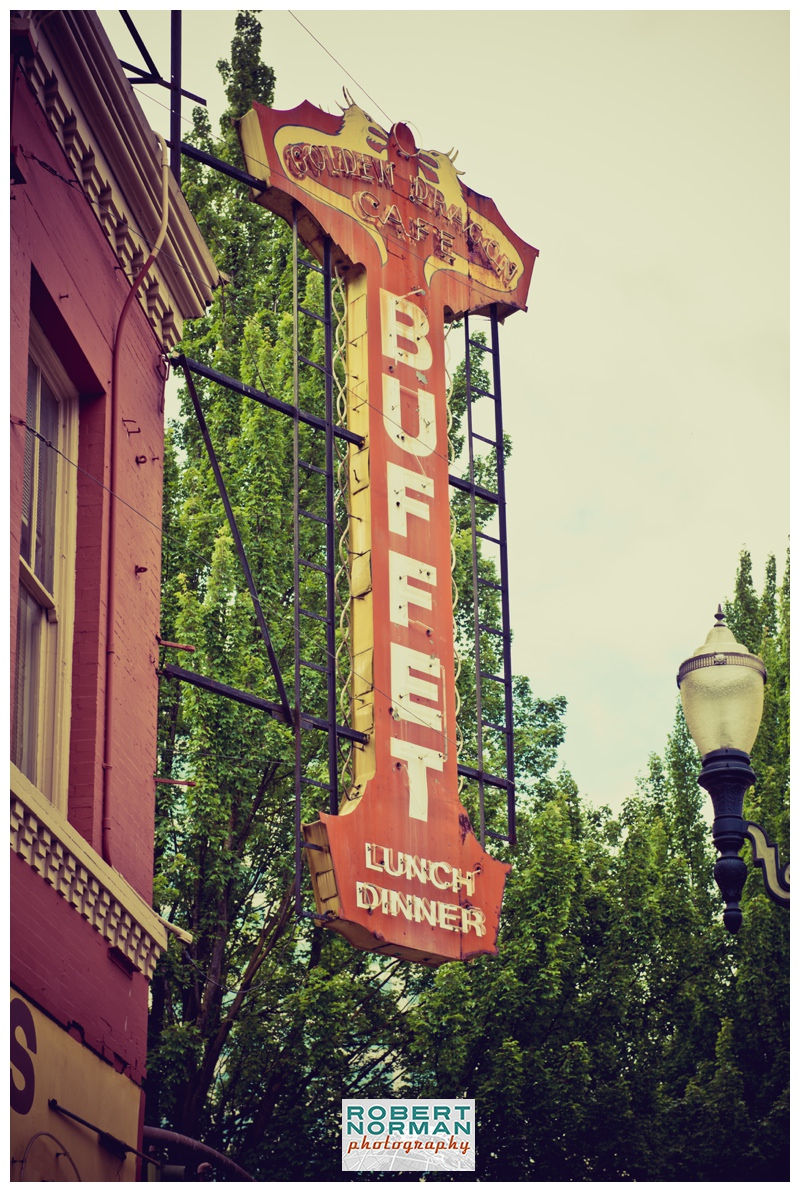 portland-oregon-photos-downtown-vintage-signage