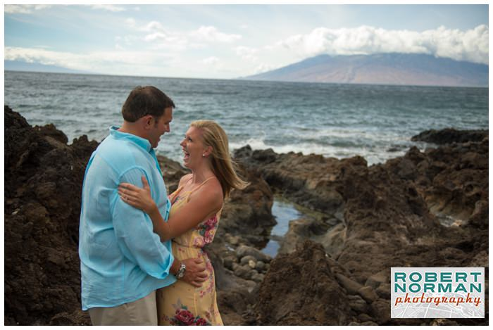 Marriott-maui-engagement-photos-Hawaii-destination-wedding