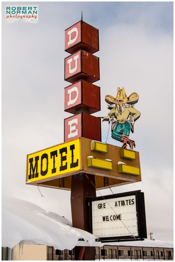 Yellowstone-national-park-winter-West-Yellowstone-dude-motel