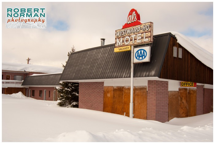 Yellowstone-national-park-winter-West-Yellowstone-al's-westward-ho-motel