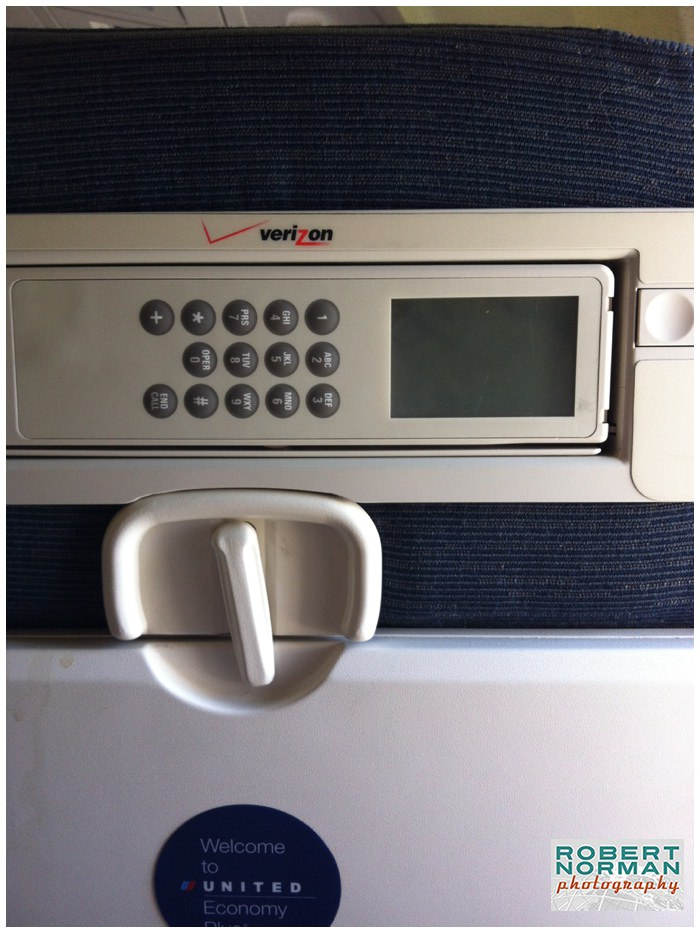 old-United-airlines-telephone