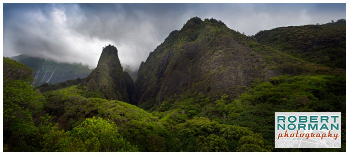 Iao-Valley-State-Park-Maui-Hawaii