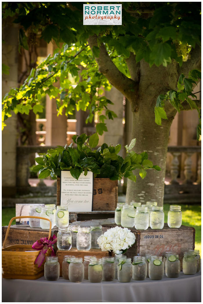 wedding-Eolia -Mansion-at- Harkness-state-park-a-thyme-to-cook-cucumber-water-station