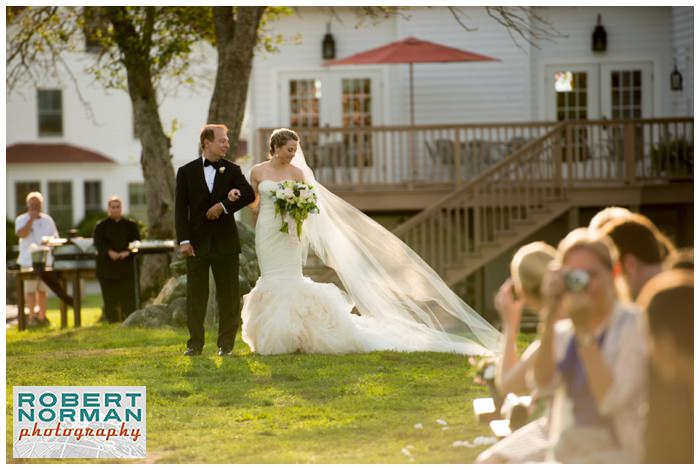 connecticut-winery-wedding-jonathan-edwards-a-thyme-to-cook-catering