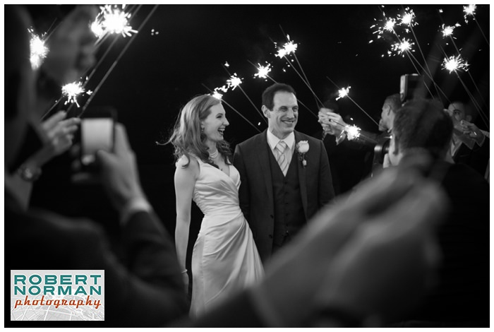 Candlewood-Lake-Inn-Wedding-Connecticut-Wedding-Photography-sparklers